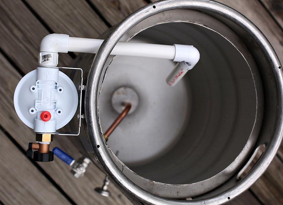 does whirlpool make maytag refrigerators